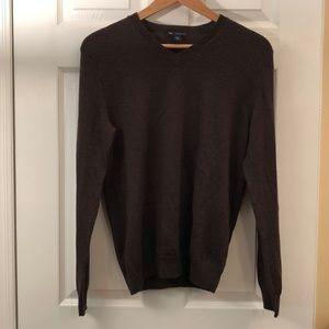 Gap Italian Merino wool V-neck sweater